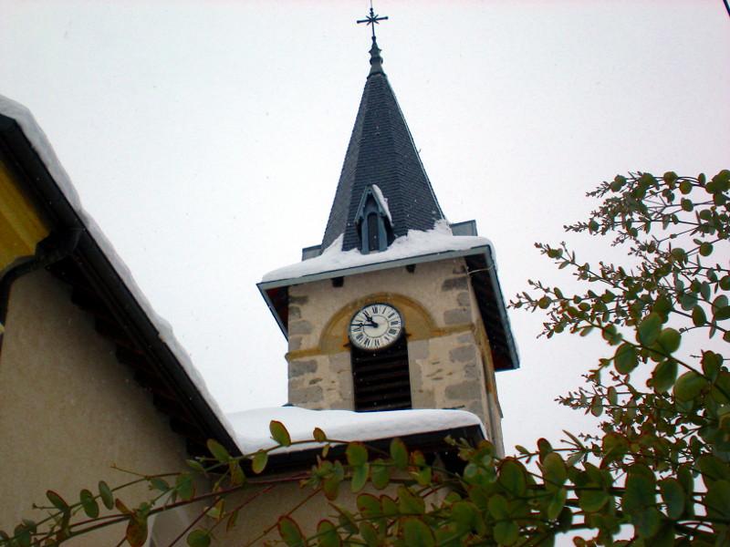 clocher de Villaroux sous la neige